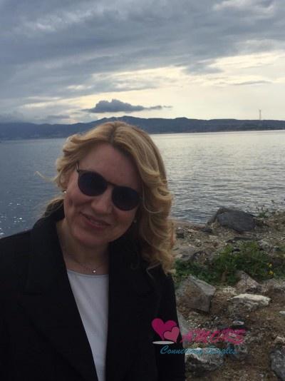 Partner Agenzia Di Russia Ksenia Sopra